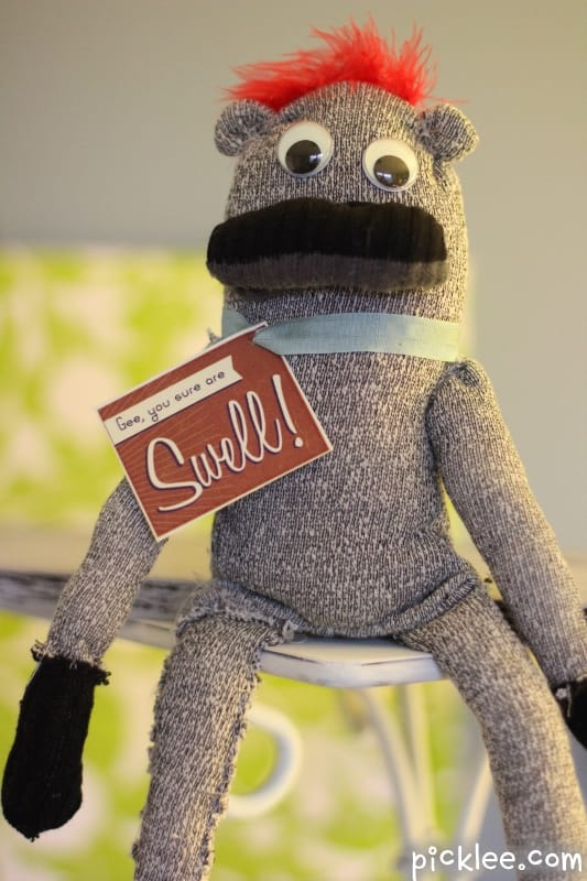 how-to-make-sock-monkey-vintage-completed-5