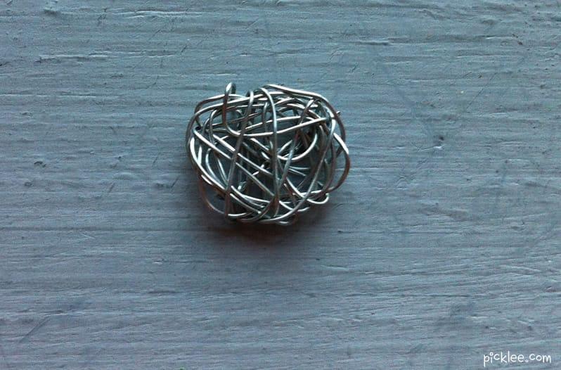 Hand Spun Wire Earrings {diy} - Picklee