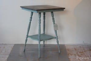 Beach_cottage_table_distressed_gray