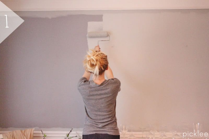 How to Paint Simple Wall Stripes [DIY] | Picklee