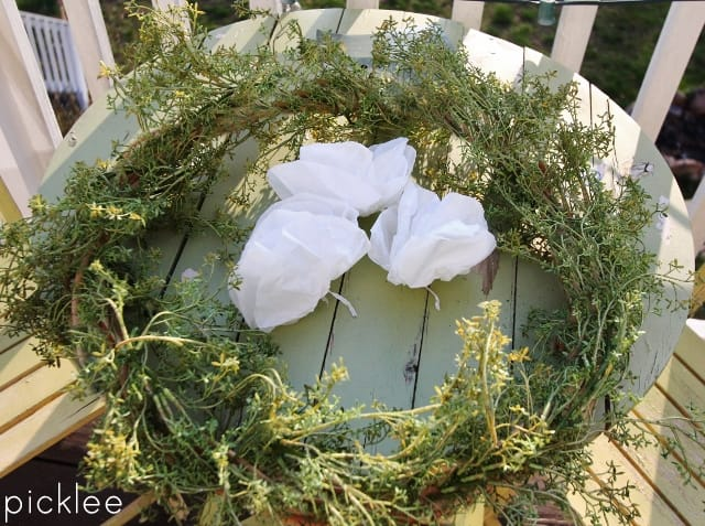 diy-spring-wreath-greens4