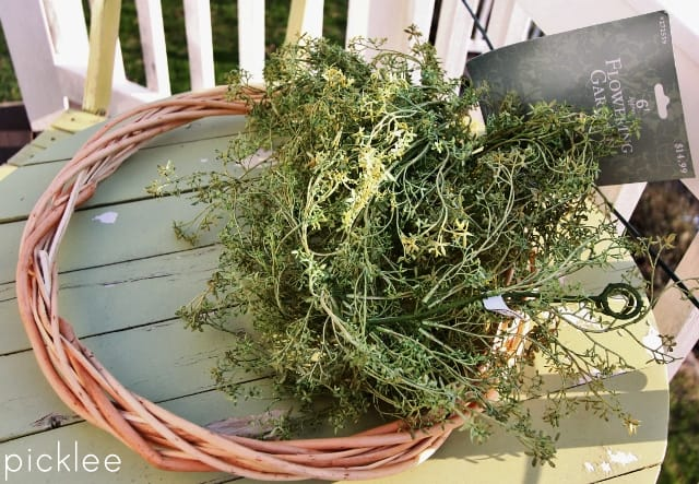 diy-spring-wreath-greens5