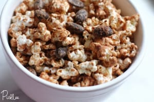 chocolate almond munch-popcorn2