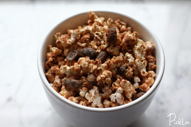 chocolate almond munch-popcorn3