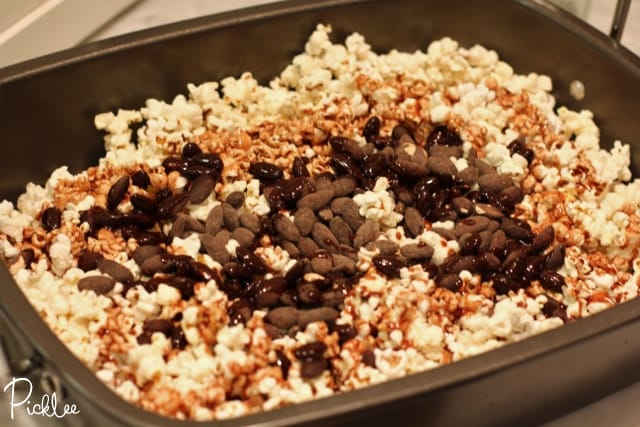 chocolate almond munch-popcorn6