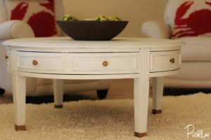 chalk painted coffee table 4