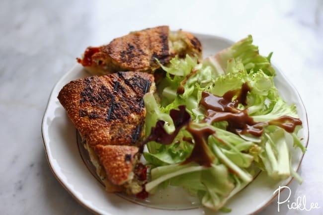cheddar-pesto-tomato-grilled-cheese4