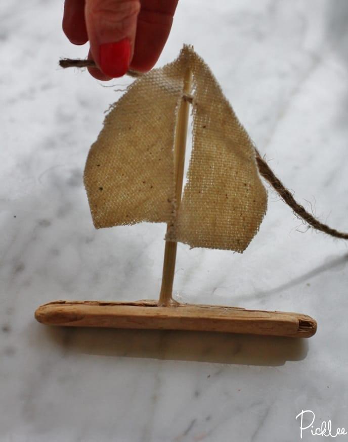 diy-driftwood sailboat-bunting6
