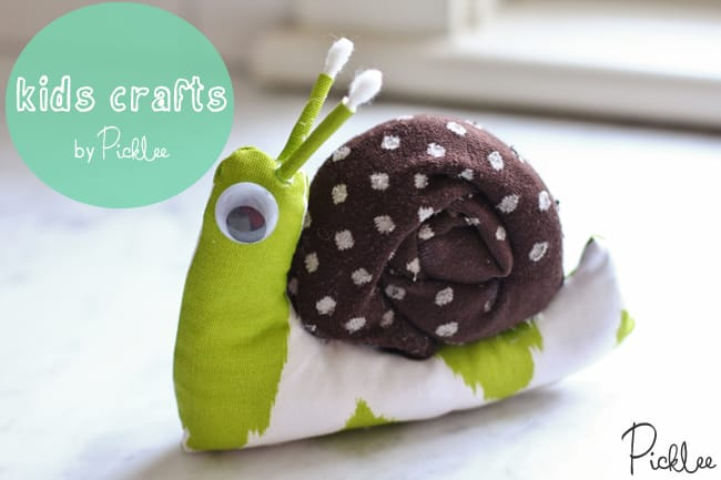 diy-snail-stuffie-sock-kids-crafts