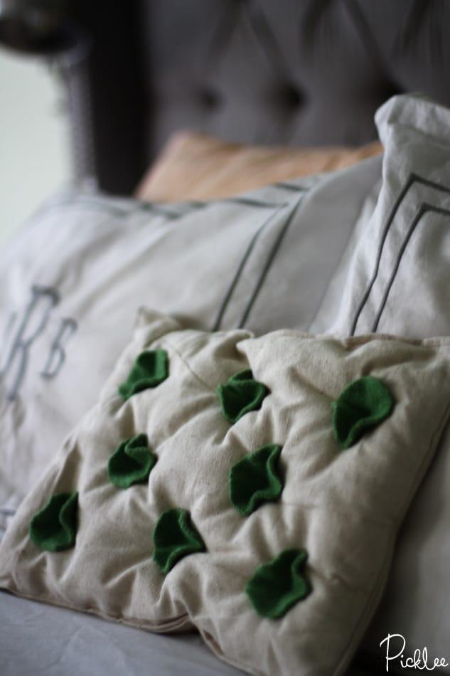 felted wool-pillow-diy2