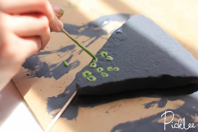 chalky finish garden marker rocks3