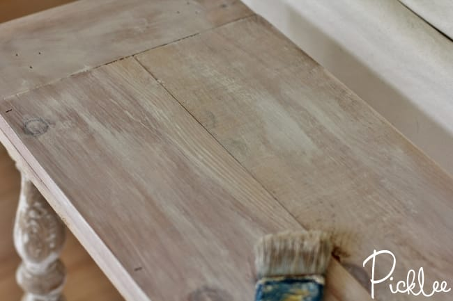 diy-reclaimed-sofa-table21