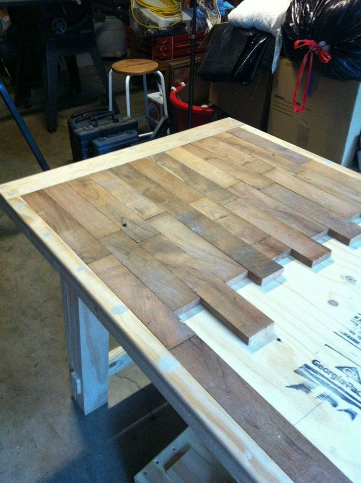 diy-recycled-plank-table