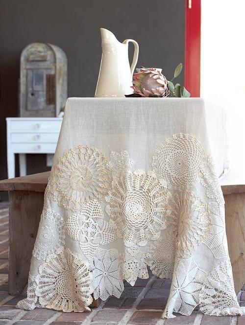 doilies on table cloth