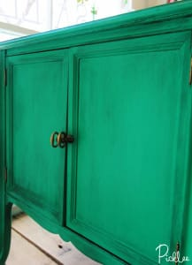 emerald green-cabinet-chalk-paint2