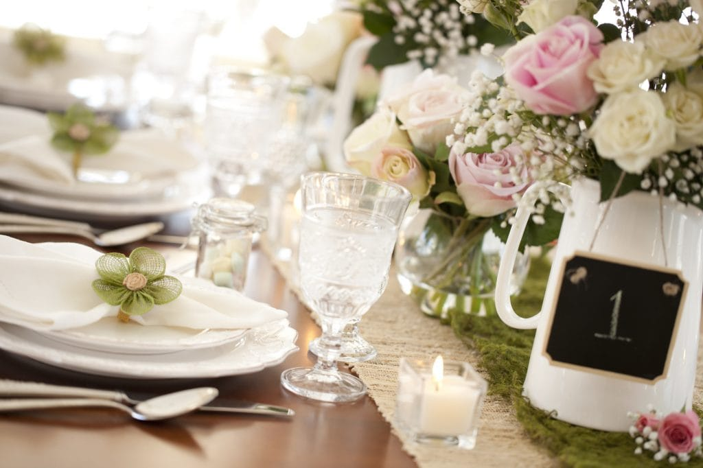 12 incredible spring wedding ideas that will dazzle your guests check out these 12 awesome spring wedding ideas that you can use for your ceremony and reception this year junglespirit Image collections
